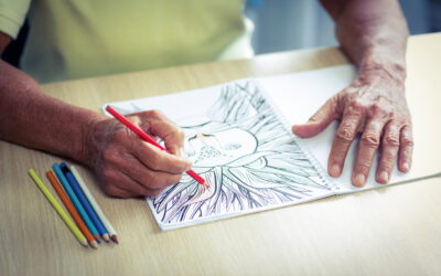 Pozitivni učinki barvanja in risanja na osebe z demenco